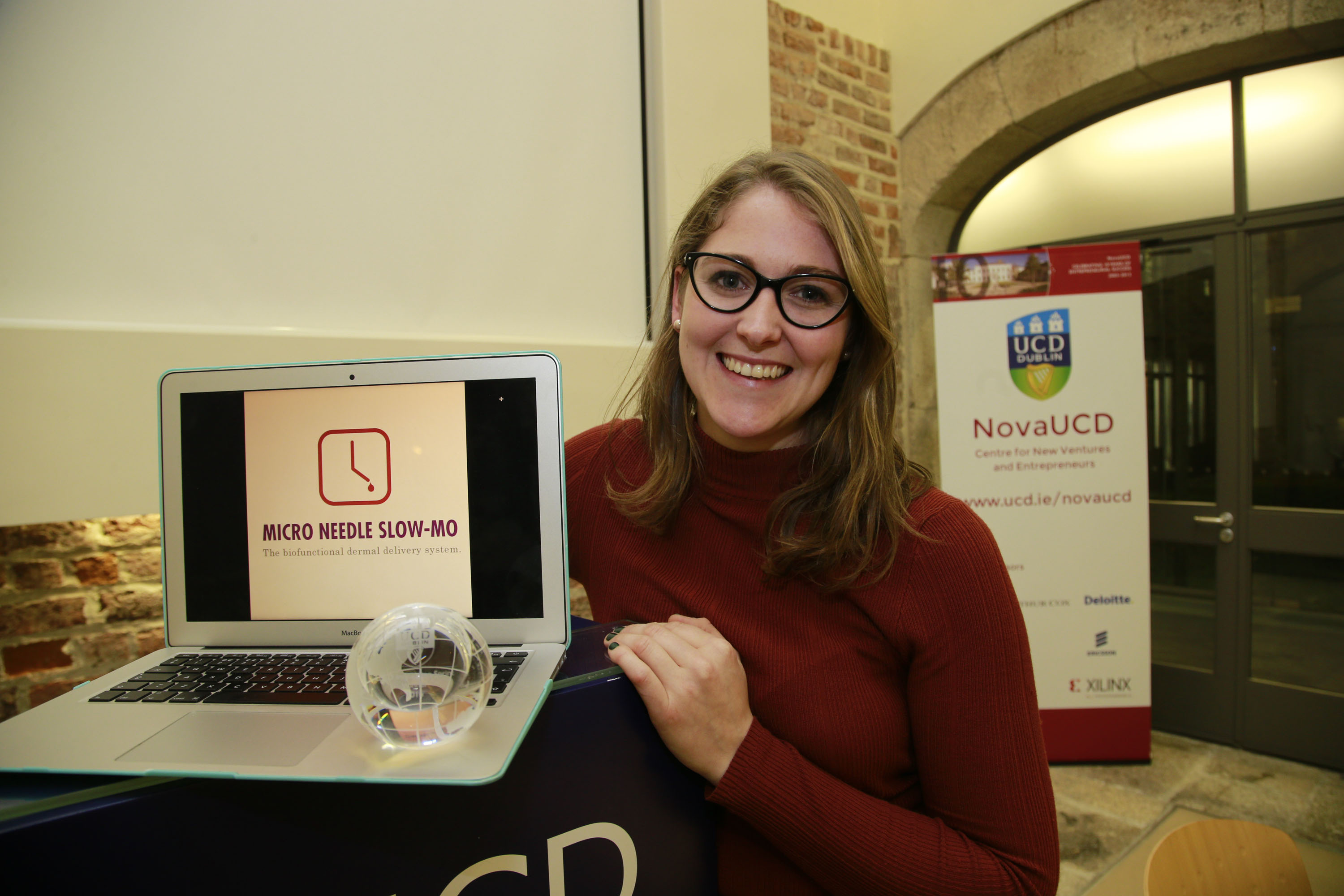 02/12/2016 - NovaUCD - Pictured at NovaUCD is Ellen Cahill, a PhD student in the UCD School of Mechanical and Materials Engineering, winner of the 2016 UCD MedTech Innovation Sprint Programme, with Micro Needle Slow-Mo, the biofunctional dermal delivery system. Photograph Nick Bradshaw
